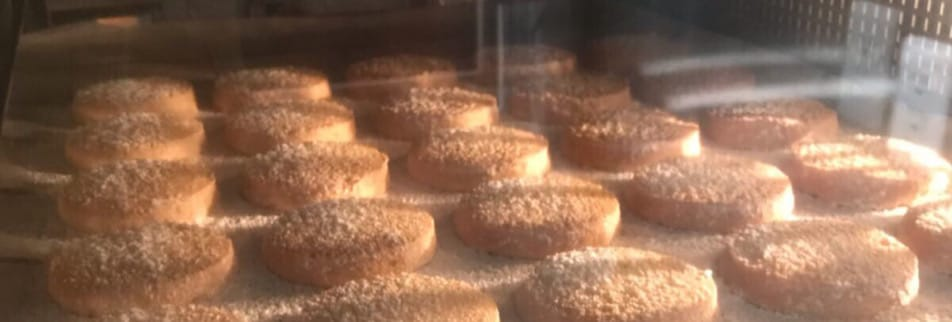 フランス菓子・焼菓子専門店 【Biscuiterie Petit Pois】     *ビスキュトリープティポワ*